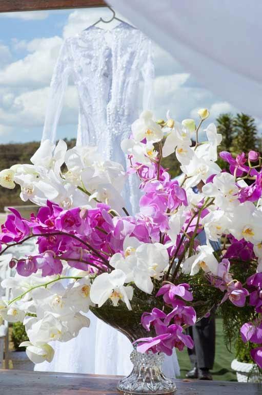 casamento-sitio-vestido-flores