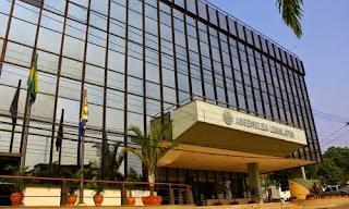 Projeto que obriga o governo a aplicar provas de concursos em todos os municípios é aprovado na Aleac