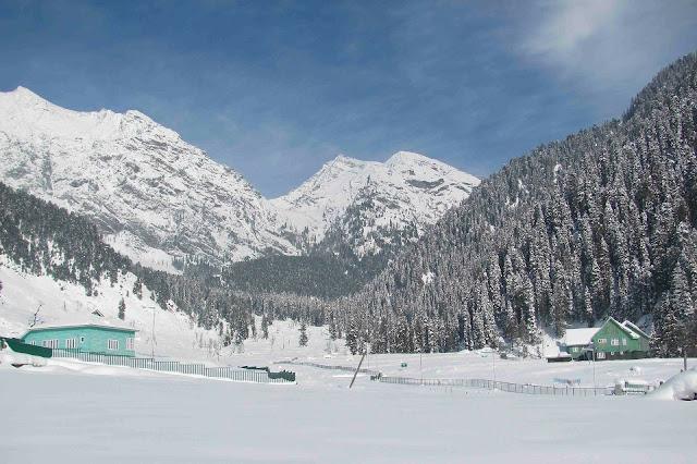 safe places to visit in kashmir