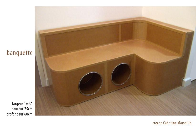 juliadesign meuble en carton fauteuil. Black Bedroom Furniture Sets. Home Design Ideas