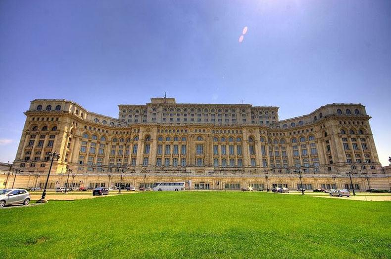 Palacio del Parlamento Rumano, un edificio superlativo | Rumania