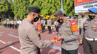 Kapolres Enrekang Serahkan 2 Unit Kendaraan Operasional Bhabinkamtibmas