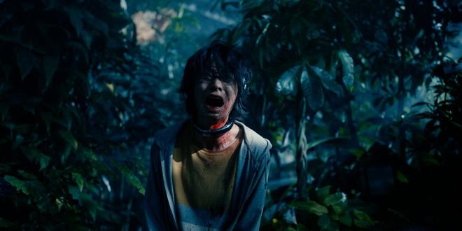 japonés con trampa mortal en el cuello