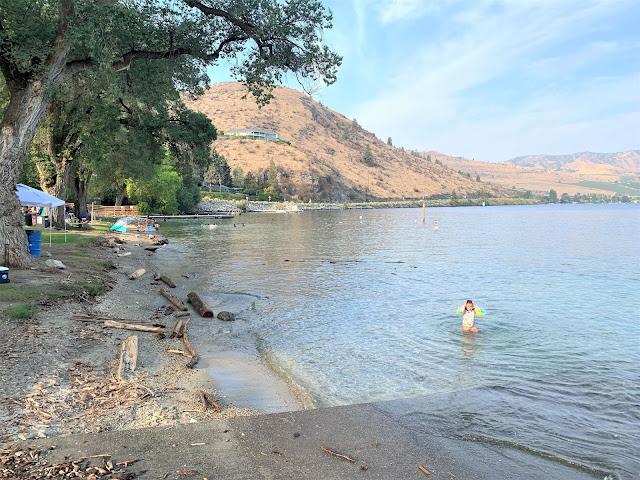 Lake Chelan Views, Chelan City Park, Chelan Summer Travel Guide, Seattle Travel Blogger