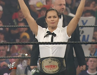 WWE / WWF Survivor Series 2000 - Ivory defended the Women's Championship against Lita