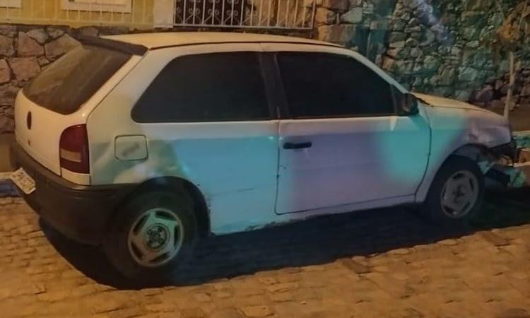 Rondesp Chapada apreende veículo com restrição de roubo/furto em Mucugê