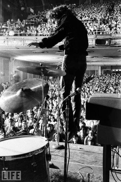 Jim Morrison... The Lizard King on stage Fillmore East, New York