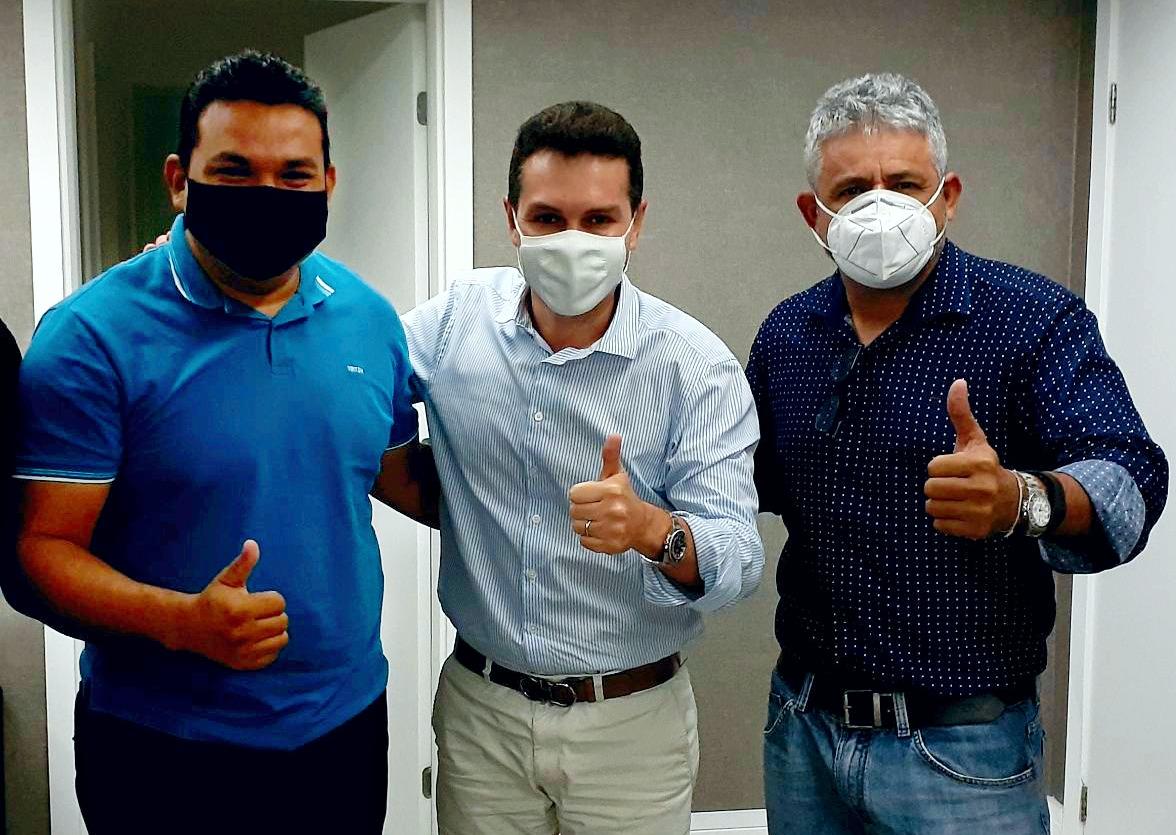 MDB no Pará oficializa apoio à candidatura de Tom Farias para prefeito de Alenquer