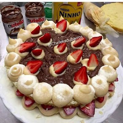 Torta de Leite Ninho com Nutella e Morangos