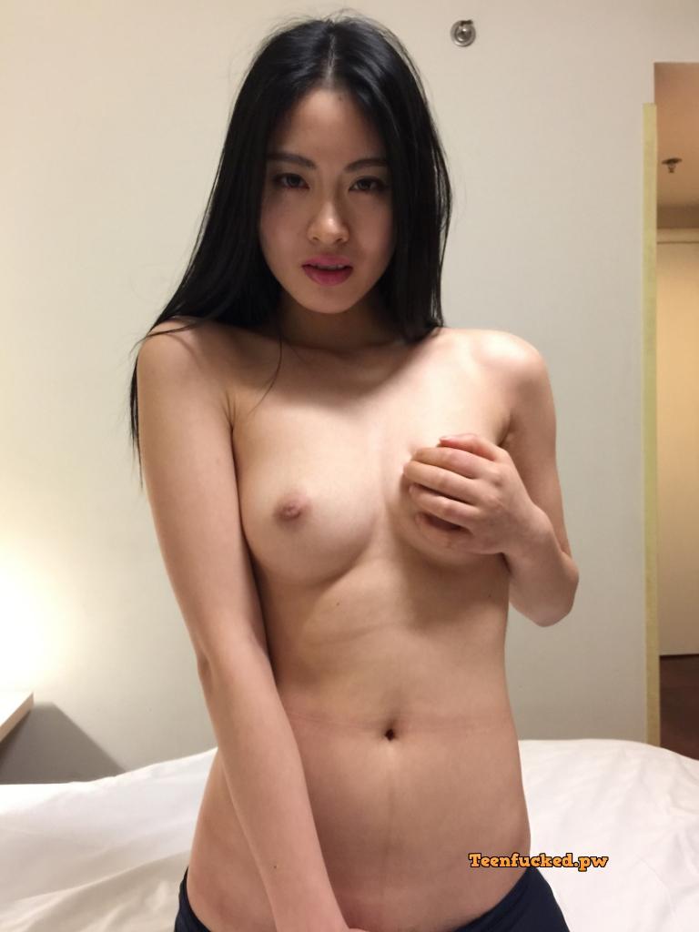 yEPXWrB2RCs wm - Beautiful asian girl with nude photos before sex 2020