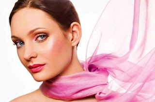 Maquillaje rosado para San Valentín