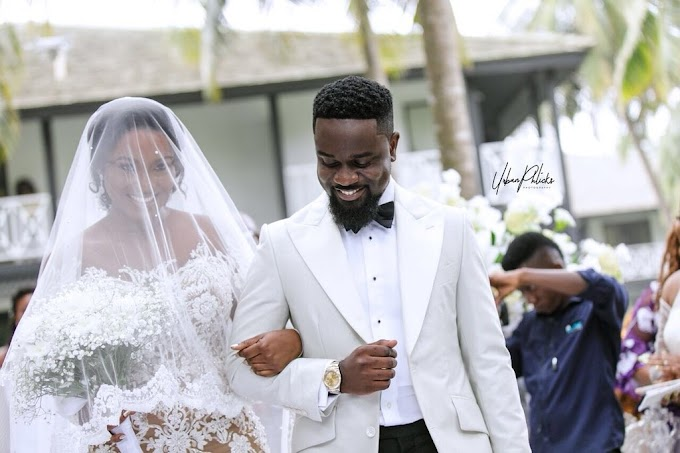 Official photos from the white wedding of Sarkodie and his partner of 10-years Tracy