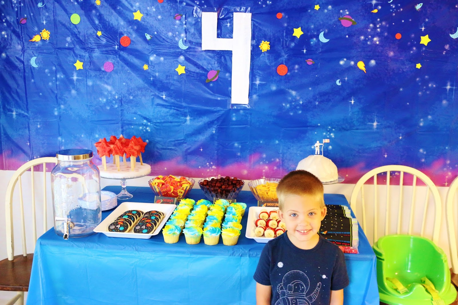 astronaut themed birthday party