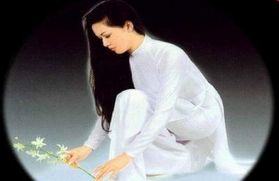 """Áo trắng Đây thôn Vỹ dạ""""-Thơ Hàn Mặc Tử"""