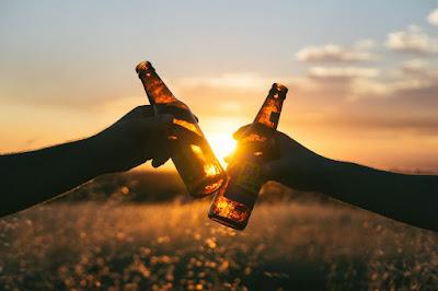 Σοκολάτα, μπύρα και κρασί το κλειδί για τη μακροζωία (σου)