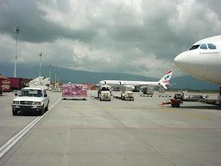 planescape-in-nepal-runway