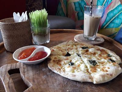 Pizza second Floor Ubud