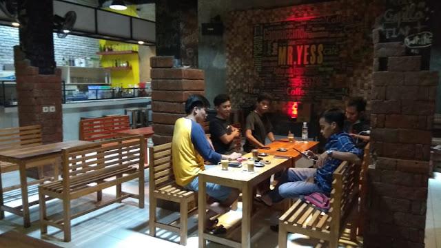 Bisnis Coffee Shop di Selayar Menggeliat, Begini Penjelasan Pemilik Mr. Yess Coffee
