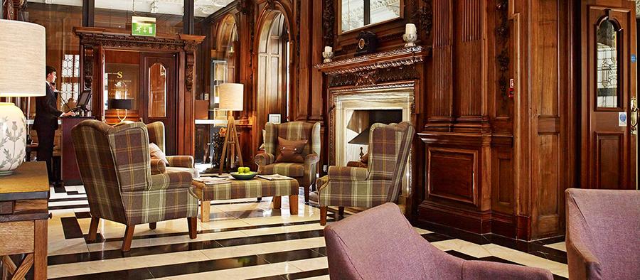 Arriving in Edinburgh: The Scotsman Hotel