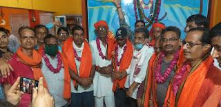 राम कीर्तन दीप प्रज्वलन व कारसेवकों का सम्मान किया।