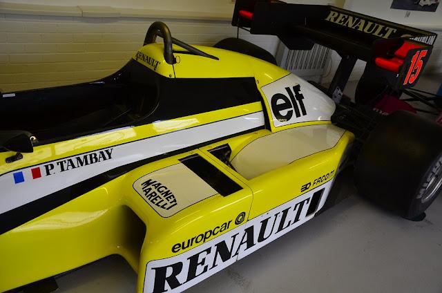 Side pods of a formula One 1 cars autocurious