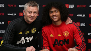 Werder Bremen confirms loan talks with Manchester United for Chong