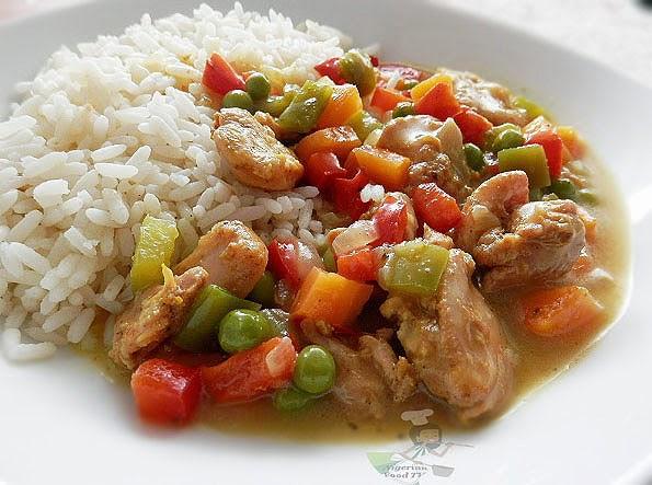 Coconut Curry Sauce (gravy), Nigerian Rice Recipes, Nigerian Rice meal ideas, nigerian rice, nigerian food tv, nigerian cuisine