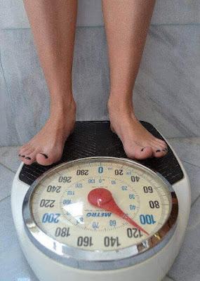 هل تصاب النساء  بالدهون أثناء انقطاع الطمث؟