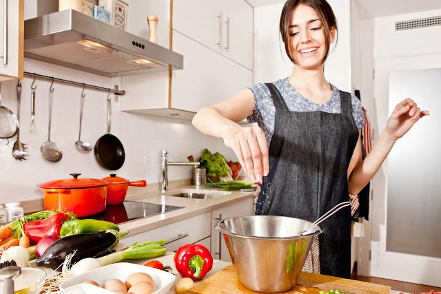 Kegiatan yang Bisa Dilakukan Saat Di Rumah Bersama Hp Mu Agar Tidak Bosan