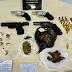 Dupla é presa com armas e drogas no Viver Melhor