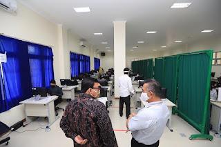 Tinjau Pelaksanaan UTBK di Universitas Borneo - Tarakan Info