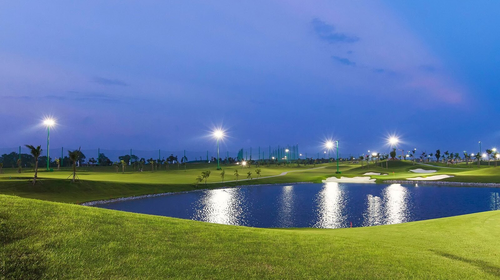 Sân Golf được đầu tư hạ tầng hiện đại.