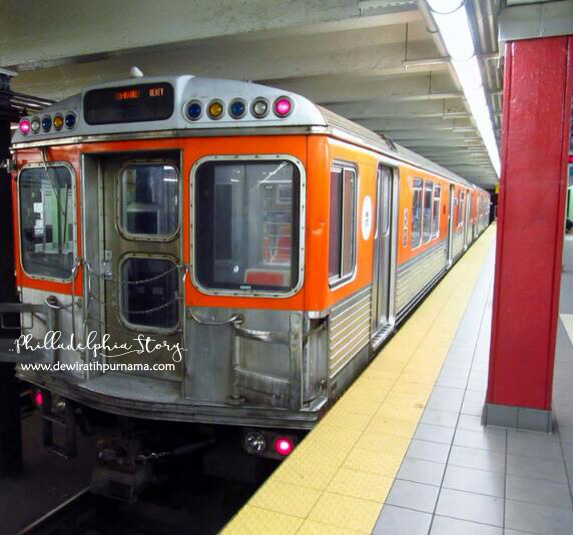 septa subway train