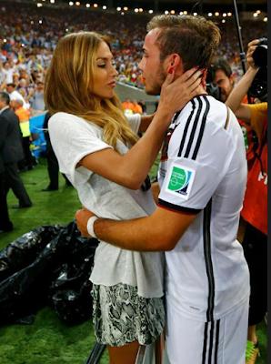 Malgré la maladie et les rumeurs, Mario Gotze est toujours en couple