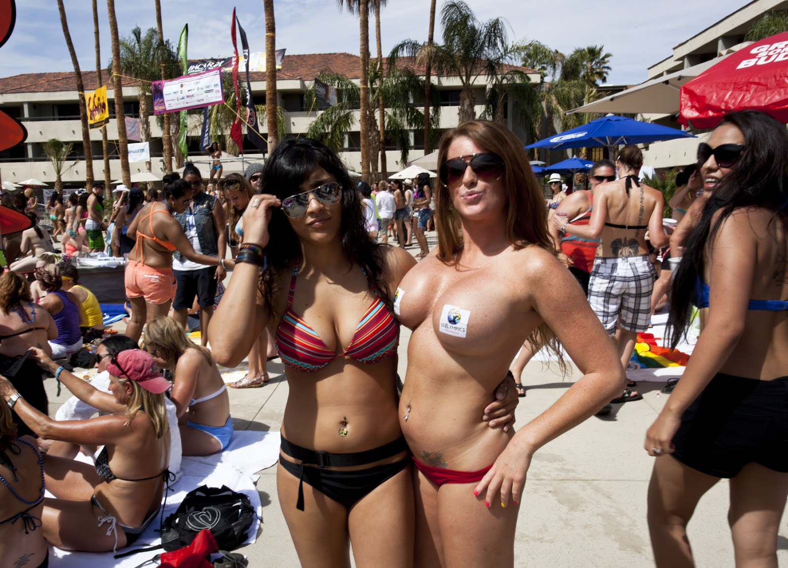 Sexy Lesbian Party 53