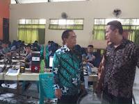 Abdul Rahman Bando Pantau UNBK di SMP Negeri 7 Makassar