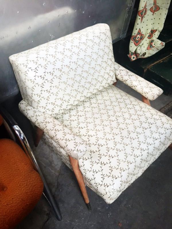 Tad's Imagenarium, vintage chair