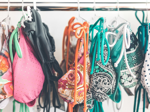 All That You Need To Know For Buying A Perfect Swimsuit Online