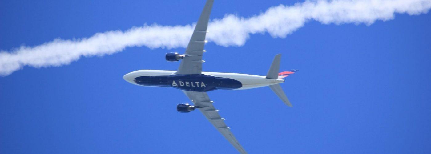 طيران دلتا سيبدأ بقوانين جديدة من بداية مايو القادم بخصوص الكورونا