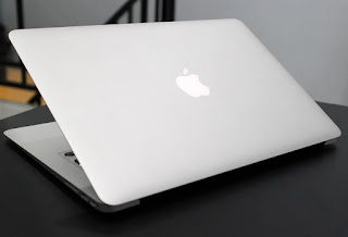 MacBook Air 13-inchi Core i5 Early 2015 Second di Malang