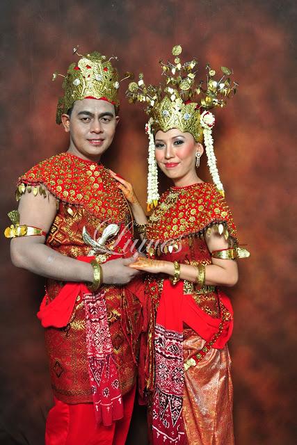 Pernikahan dengan adat palembang dari sumatra