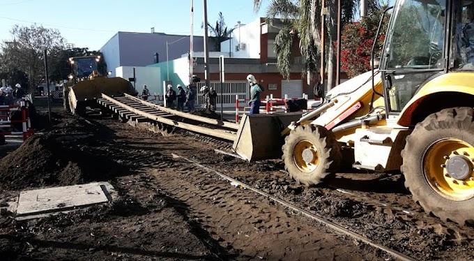Santa Fe: Se trabaja en la renovación del paso a nivel de calle San Martín