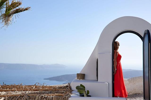 Opera mansion Santorini