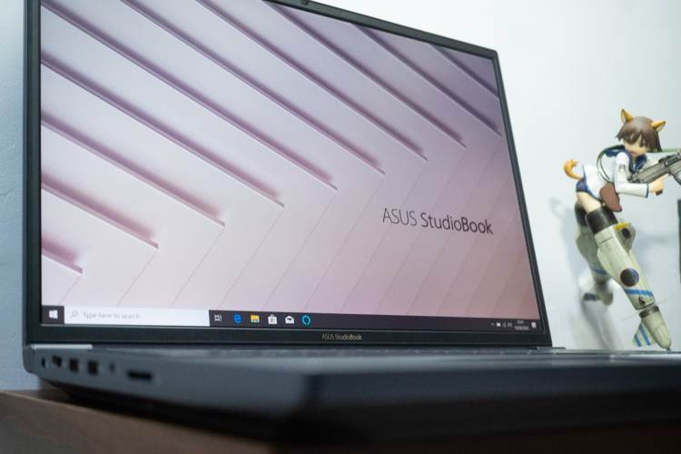 Review Asus ProArt StudioBook Pro X W730, Laptop Workstation 17 Inci Paling Kencang!