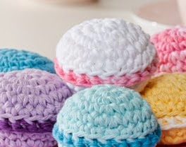 http://www.yarnspirations.com/pattern/crochet/let-them-eat-cupcakes