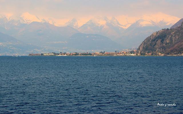 Lago de Como y Alpes