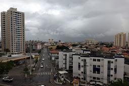 Frente fria e chuvas chegam a Sergipe nesta quinta-feira
