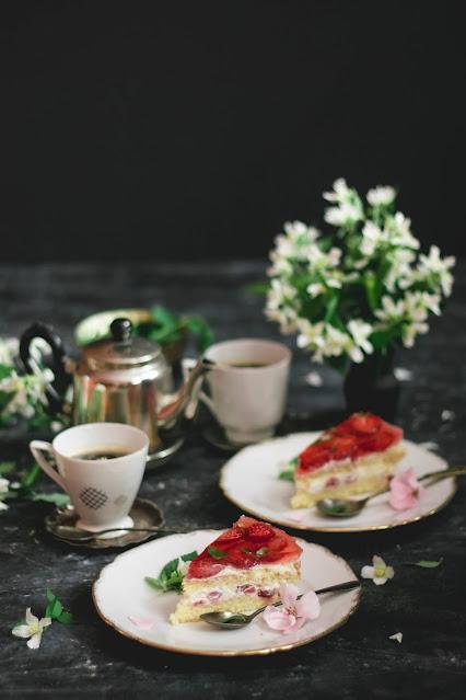 ciasto truskawkowe, truskawki,