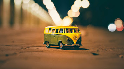 Wallpaper HD Volkswagen Van Toy