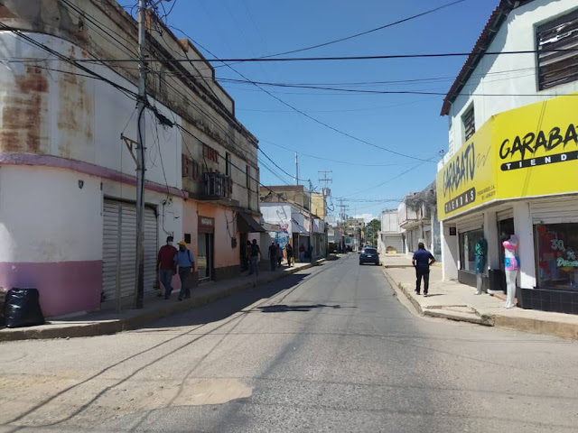 ZAPATERÍAS DE LA BOLÍVAR EN PELIGRO DE EXTINCIÓN